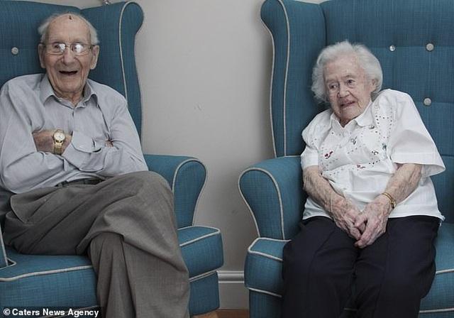 Chuyện về cặp vợ chồng hơn 100 tuổi, sống với nhau tròn 80 năm - 1