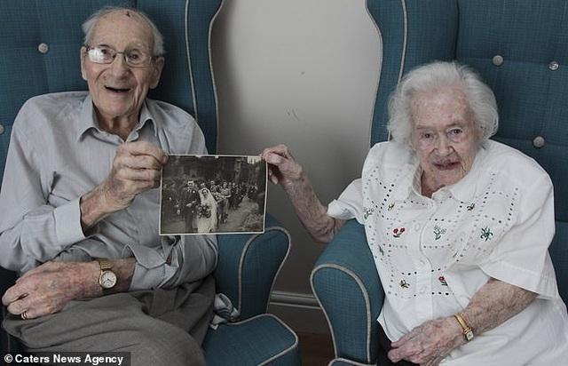 Chuyện về cặp vợ chồng hơn 100 tuổi, sống với nhau tròn 80 năm - 5