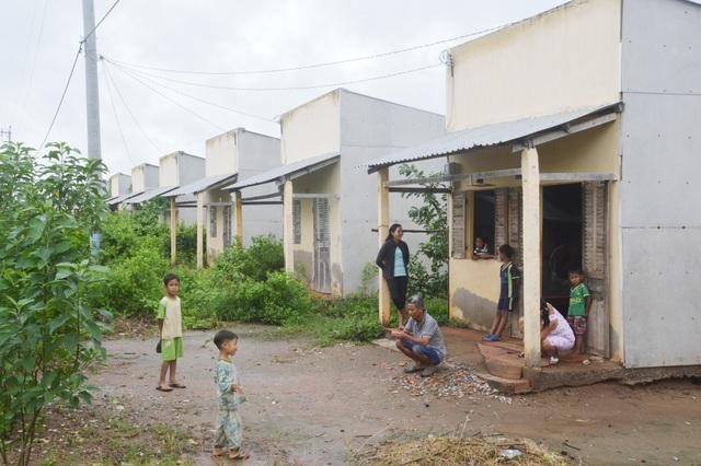 Hiện trạng thảm hại khu tái định cư của hộ nghèo tại Sóc Trăng - 2