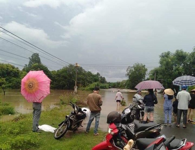 Đắk Lắk mênh mông nước ngập sau nhiều giờ mưa lớn - 6