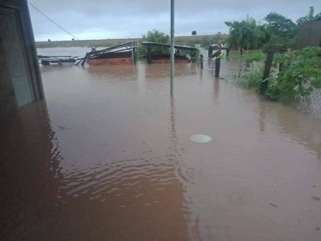 Đắk Lắk mênh mông nước ngập sau nhiều giờ mưa lớn - 3