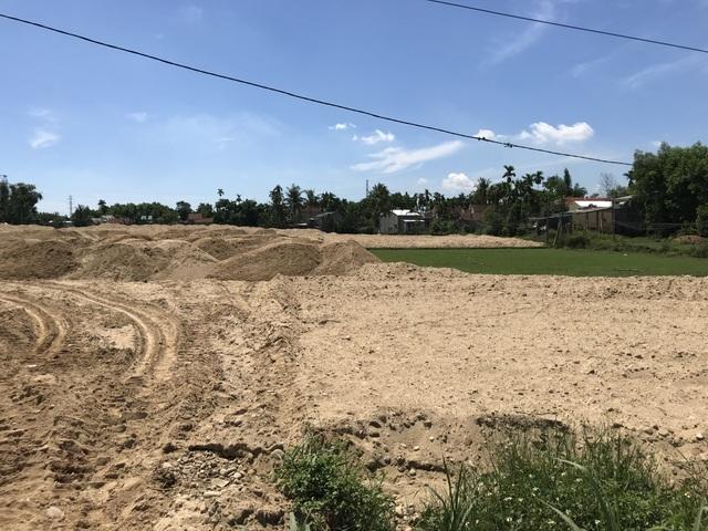 Quảng Ngãi: Lùm xùm chuyện chủ đầu tư khu dân cư đổ đất vây ruộng của dân - 3