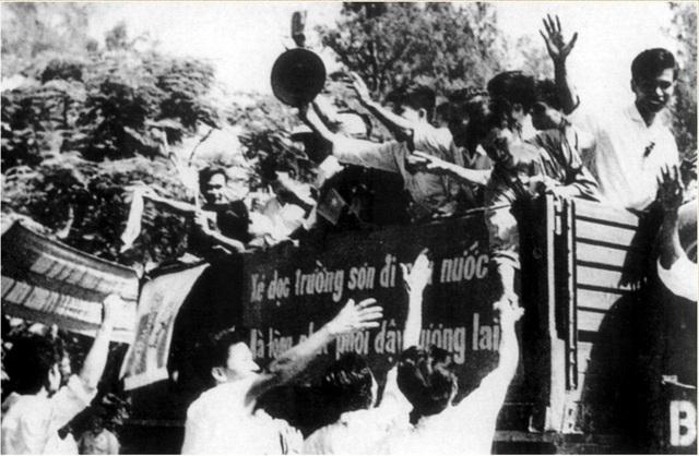 55 năm bản hùng ca bất diệt từ phong trào Ba sẵn sàng - 3