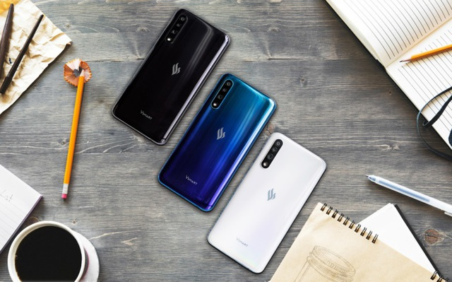 Vingroup ra mắt dòng điện thoại VSMART thế hệ 2
