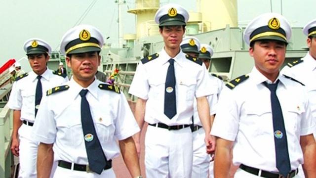Vận tải biển Việt Nam: Nhiều thuyền viên bỏ biển lên bờ - 1