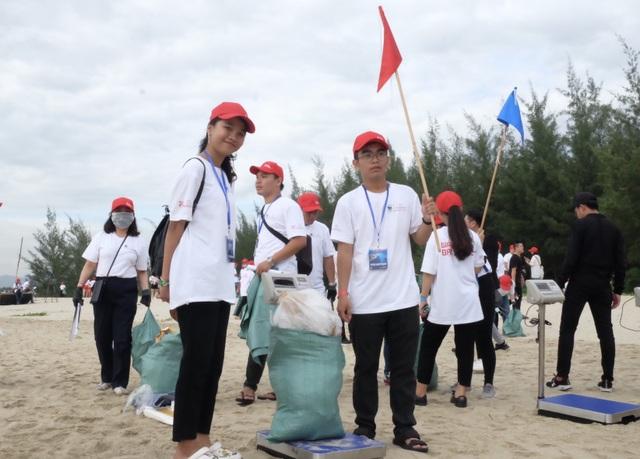 """Hơn 800 tình nguyện viên cùng """"Giải cứu đại dương"""" ở Đà Nẵng - 5"""