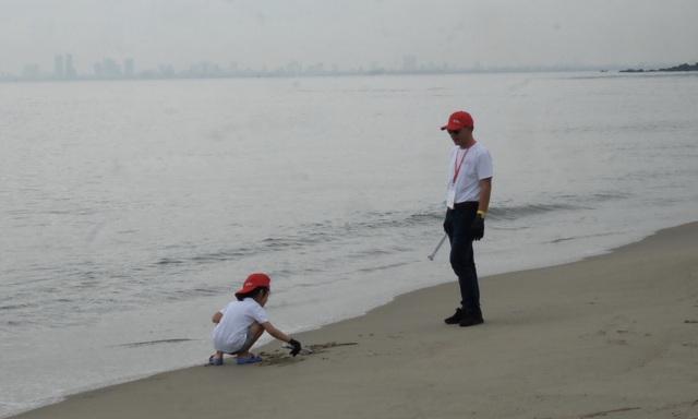 """Hơn 800 tình nguyện viên cùng """"Giải cứu đại dương"""" ở Đà Nẵng - 3"""