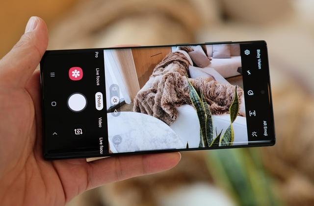 Cận cảnh bộ đôi Galaxy Note10 thiết kế hoàn toàn mới vừa ra mắt - Ảnh minh hoạ 11