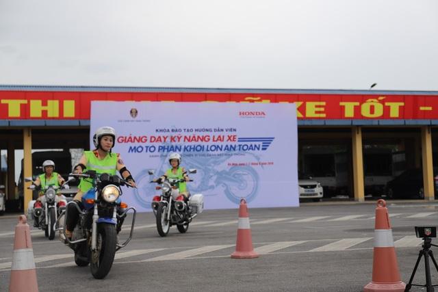 Honda Việt Nam phối hợp với Cục CSGT tổ chức các khóa tập huấn đào tạo lái xe an toàn - 3