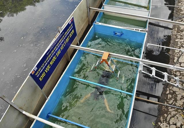 Xem chuyên gia Nhật Bản rửa mặt, tắm bằng nước sông Tô Lịch - 3