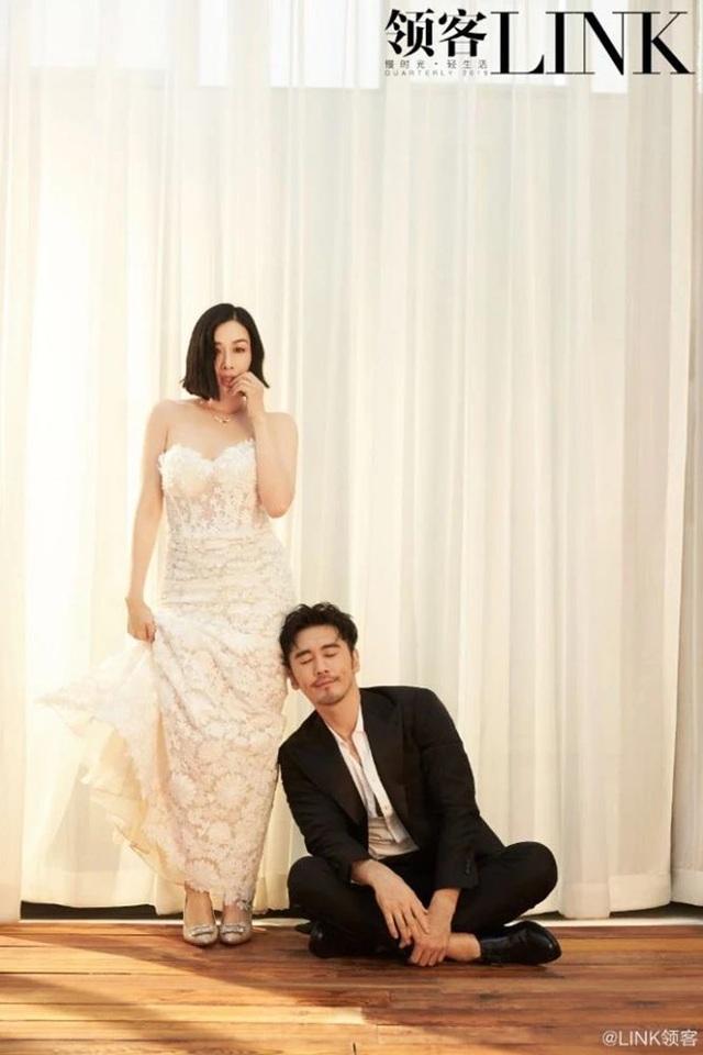 Khoảnh khắc ngọt ngào và tình tứ của Chung Lệ Đề bên chồng trẻ - 4