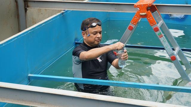 Xem chuyên gia Nhật Bản rửa mặt, tắm bằng nước sông Tô Lịch - 6