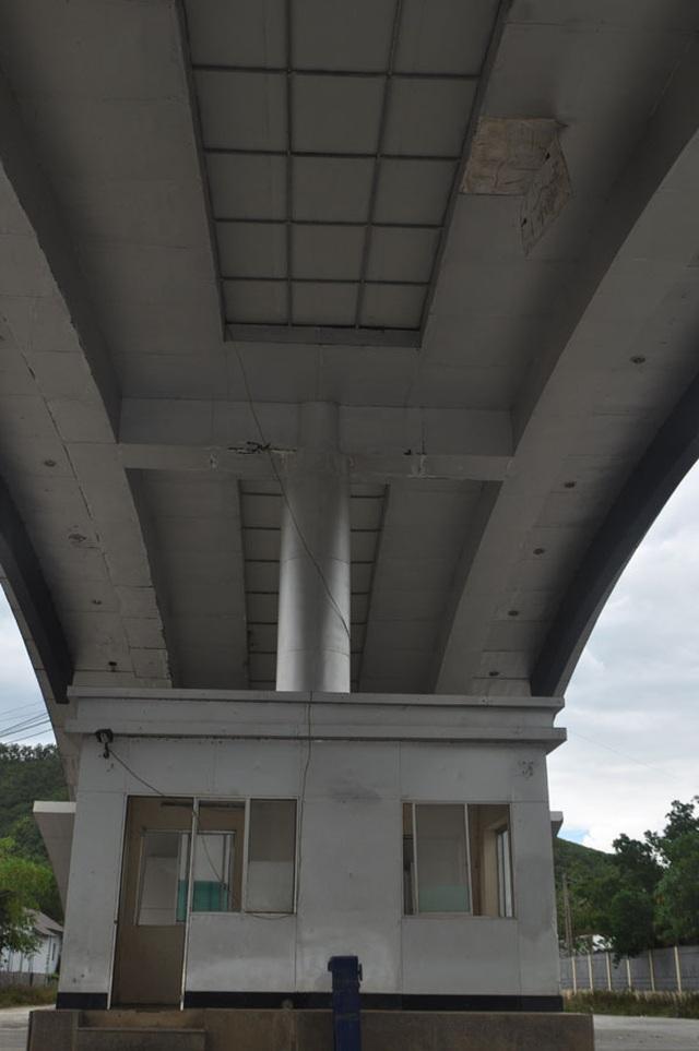 Cận cảnh những công trình trăm tỷ lãng phí ở Khu kinh tế Cửa khẩu quốc tế Cầu Treo - 12
