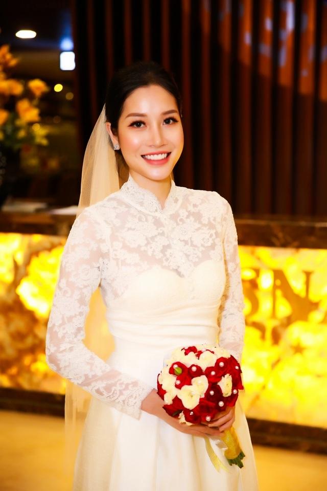 """Ngọc Sơn tiết lộ về bộ ảnh cưới kỳ lạ cùng danh tính """"cô dâu bí ẩn"""" - 4"""