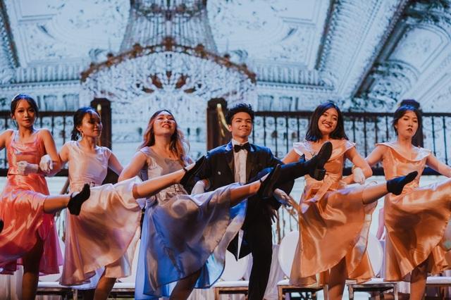 Học sinh trường Ams tự tin trình diễn nhạc kịch Broadway trên sân khấu Nhà hát lớn - 1