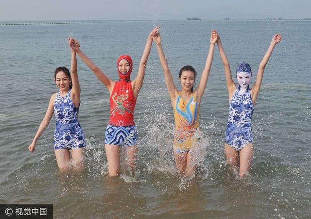 Thời trang tắm biển ở Trung Quốc khiến nhiều người … sốc nặng - 3