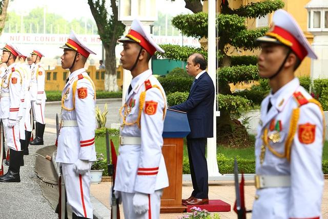 Lễ thượng cờ ASEAN trang trọng ở Hà Nội kỷ niệm 52 năm thành lập - 4