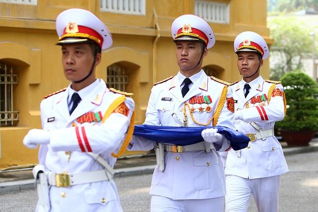 Lễ thượng cờ ASEAN trang trọng ở Hà Nội kỷ niệm 52 năm thành lập - 5