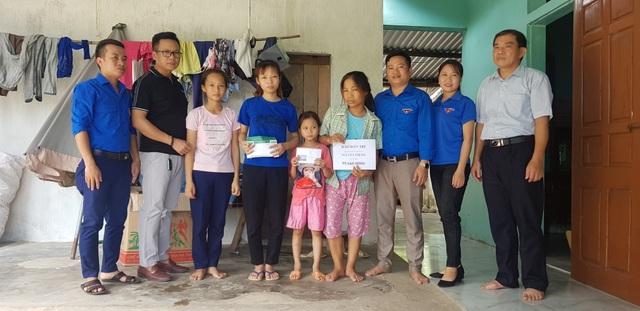 3 đứa trẻ mịt mờ tương lai cùng người mẹ bệnh hiểm được bạn đọc giúp đỡ hơn 95 triệu đồng - 1