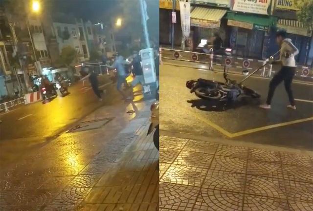 Hai nhóm thanh niên chém nhau kinh hoàng giữa trung tâm Sài Gòn - 1