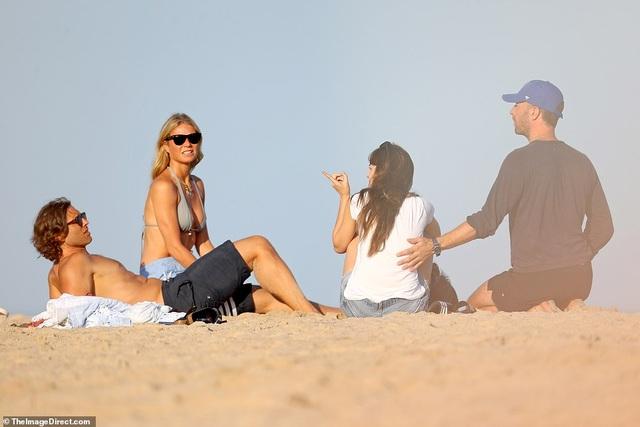 Gwyneth Paltrow và Chris Martin đưa người mới gặp người cũ - 1
