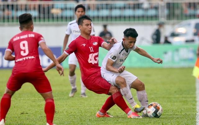 Vòng 22 V-League: HA Gia Lai gồng mình cho cuộc chiến trụ hạng - 1