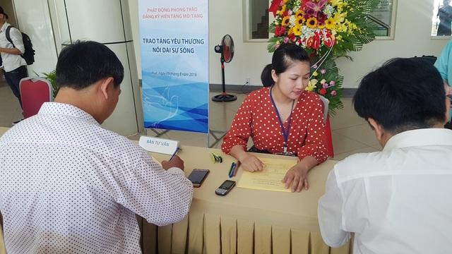 Hàng trăm người đăng ký hiến tặng mô/tạng ở lễ thành lập Trung tâm Ghép tạng tại Huế - 7