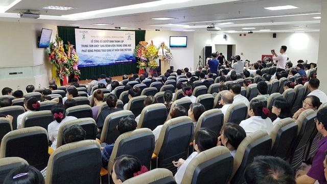Hàng trăm người đăng ký hiến tặng mô/tạng ở lễ thành lập Trung tâm Ghép tạng tại Huế - 3