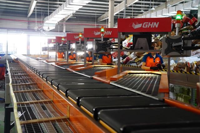 """GHN khai trương """"Hệ thống phân loại hàng hoàn toàn tự động với năng suất 30,000 đơn hàng/ giờ"""" - 4"""