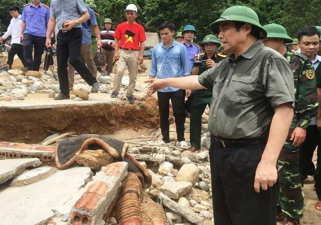 Thêm 2 thi thể bị lũ cuốn trôi được tìm thấy trên sông - 2
