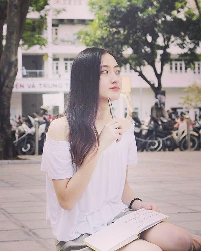 So nhan sắc mặt mộc của Hoa hậu Đỗ Mỹ Linh và Lương Thuỳ Linh - 14