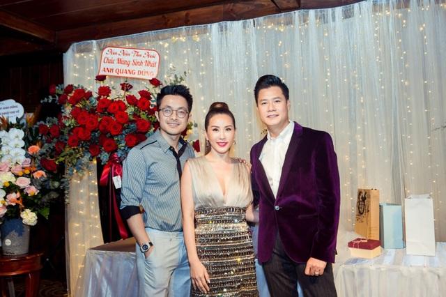 Vợ chồng Cẩm Vân - Khắc Triệu, Lệ Quyên mừng sinh nhật tuổi 43 của Quang Dũng - 11
