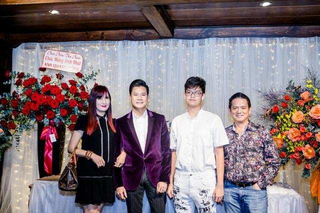 Vợ chồng Cẩm Vân - Khắc Triệu, Lệ Quyên mừng sinh nhật tuổi 43 của Quang Dũng - 9