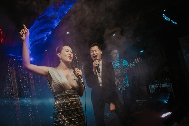 Vợ chồng Cẩm Vân - Khắc Triệu, Lệ Quyên mừng sinh nhật tuổi 43 của Quang Dũng - 10
