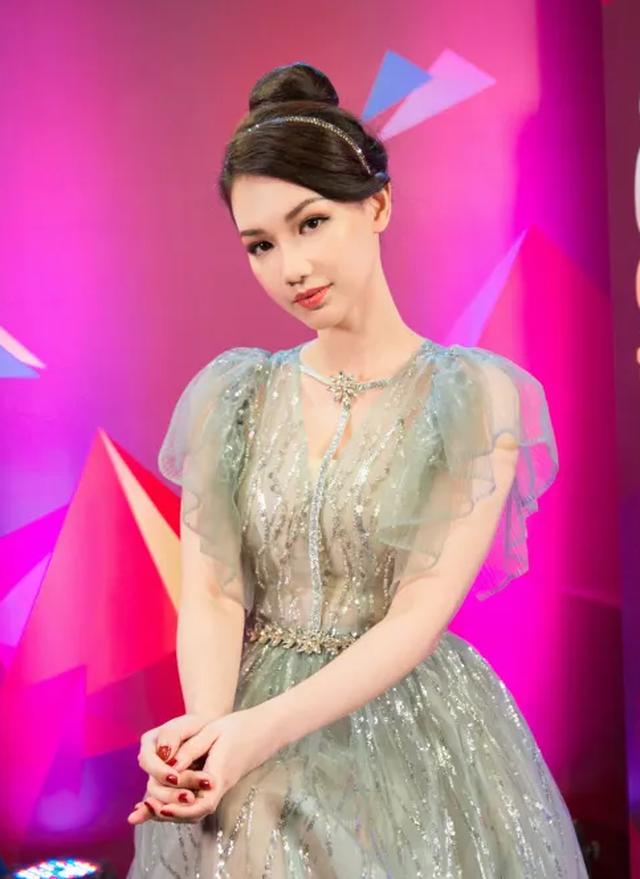 Tự Long khiến MC Quỳnh Chi khóc hết nước mắt - 17
