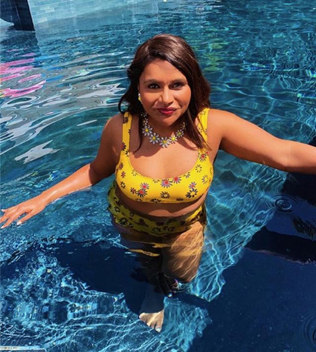 Sao và những màn diện đồ bơi nóng bỏng nhất mùa hè này - 6