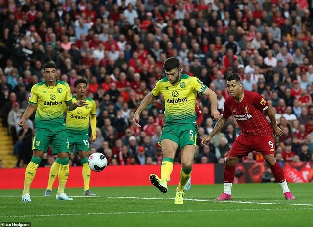 Liverpool vùi dập Norwich ngay trận khai màn Premier League - 2