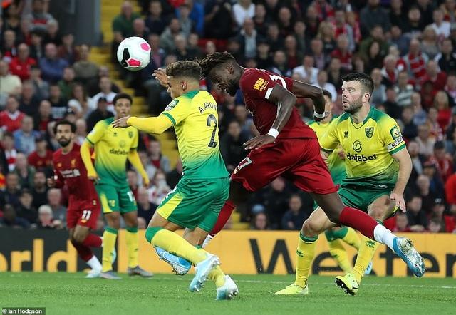 Những khoảnh khắc thăng hoa của Liverpool trước Norwich - 14