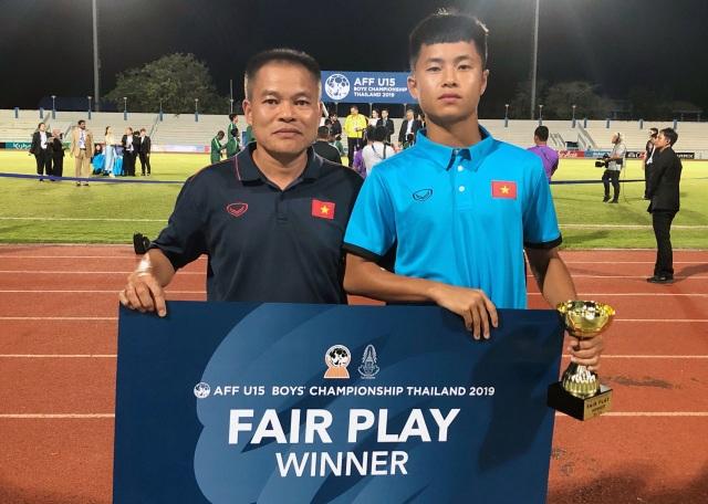 U15 Việt Nam nhận giải thưởng an ủi sau khi trắng tay - 1