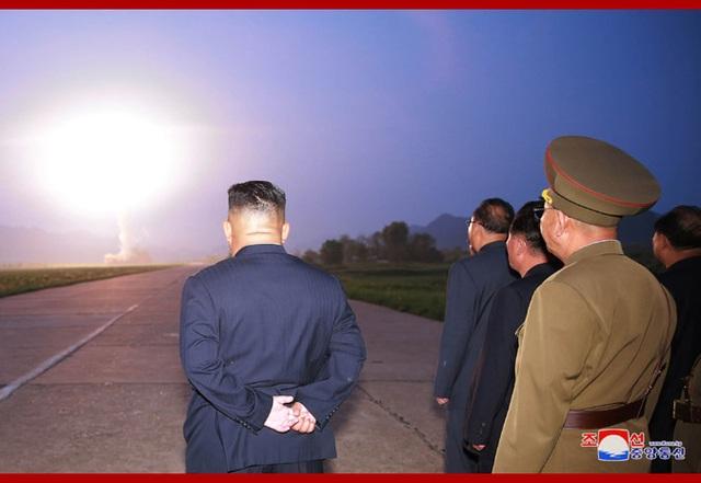 Triều Tiên thử tên lửa: Bóp nghẹt đàm phán hay chiến thuật ngoại giao? - 1