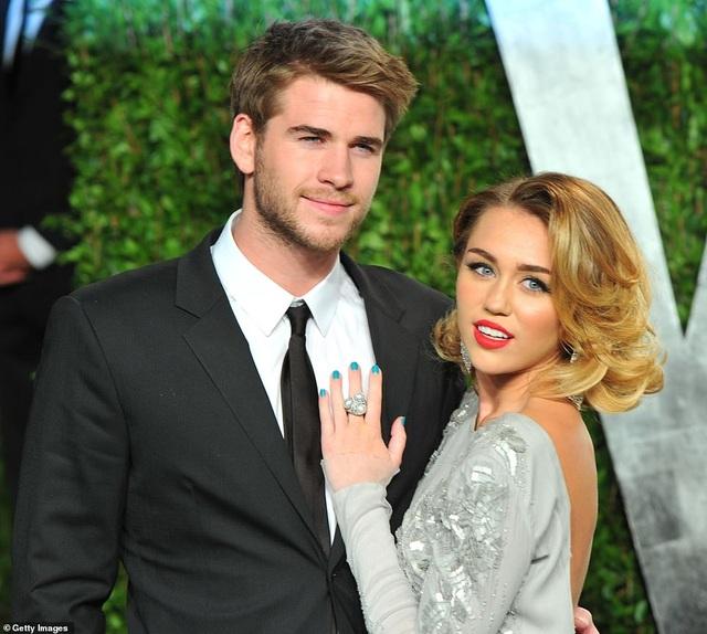 Miley Cyrus chia tay chồng sau gần 1 năm kết hôn - 6