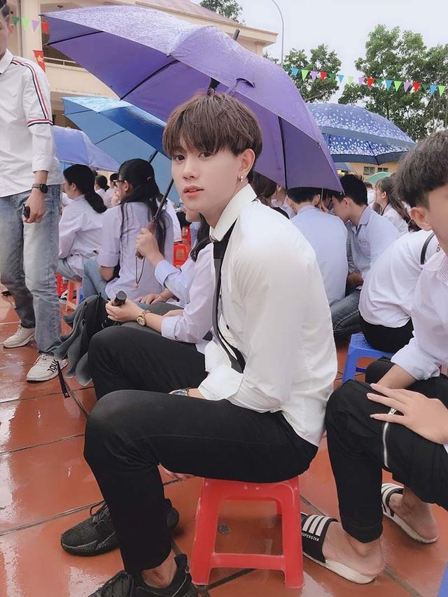 Nam sinh 10X Quảng Ninh có gương mặt như nghệ sĩ thần tượng - 2