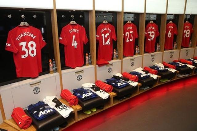 Man Utd 4-0 Chelsea:  Ngày rực rỡ của Quỷ đỏ - 4
