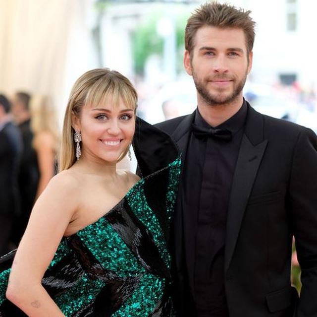 Miley Cyrus chia tay chồng sau gần 1 năm kết hôn - 7