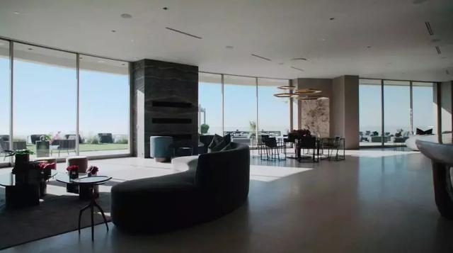 Ngắm kiến trúc siêu độc đáo của biệt thự trị giá 42 triệu USD ở Los Angeles - 9
