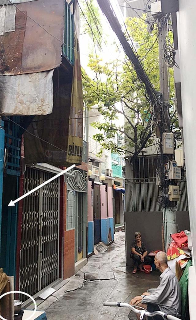 Cảnh khó tin trong căn nhà 7,5 m2, cao 2,5 tầng ở Sài Gòn - 1