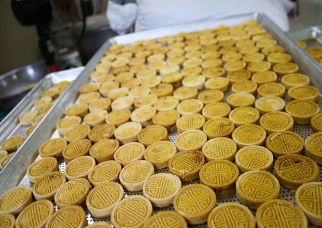 """""""Giữ lửa"""" nghề làm bánh đặc sản tiến vua có từ thế kỷ 18 - 2"""