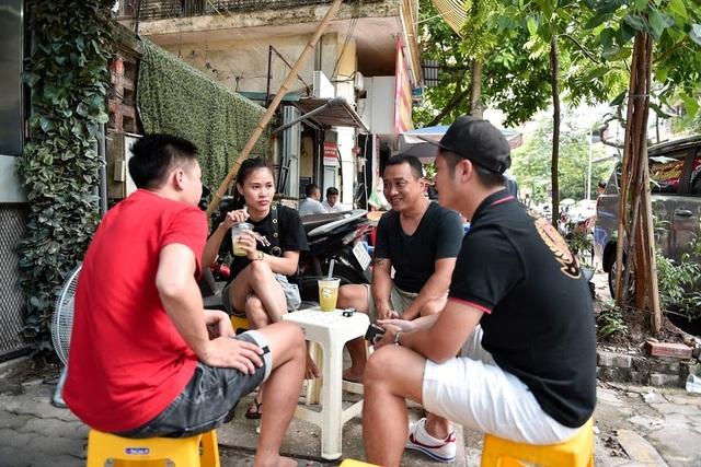 """""""Độc chiêu"""" pha nước mía với sầu riêng giúp chủ quán 8x ở Hà Nội thu lãi trăm triệu đồng/tháng - 7"""