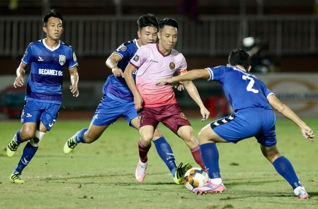 Trọng tài lại gây tranh cãi, Sài Gòn FC thua sát nút B.Bình Dương - 1