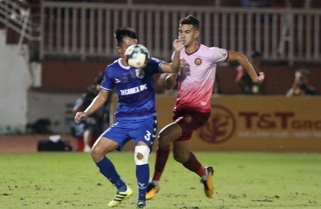 Trọng tài lại gây tranh cãi, Sài Gòn FC thua sát nút B.Bình Dương - 3